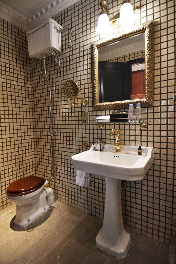 Bathroom-2-3