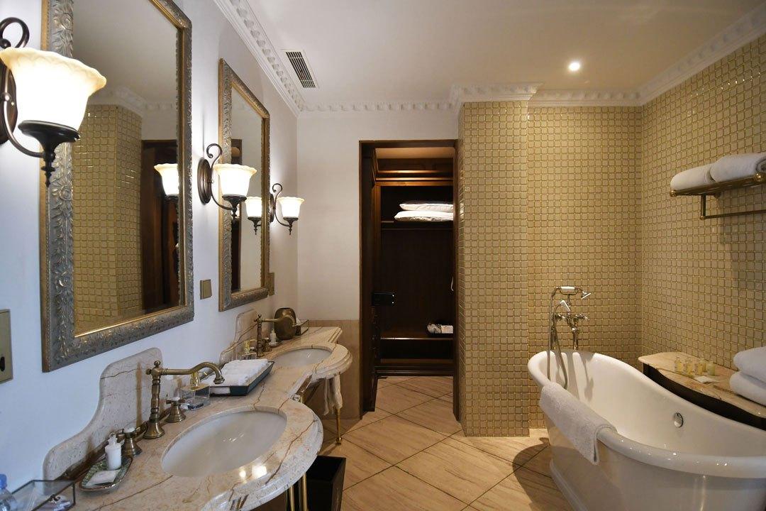 Bathroom-1-3
